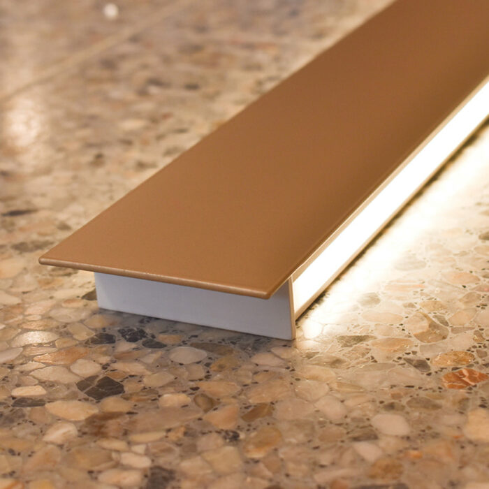 blade-led-wall-light-104cm-gold-ambient