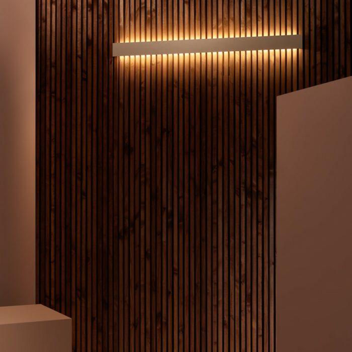 blade-led-wall-lights_installed_entrance