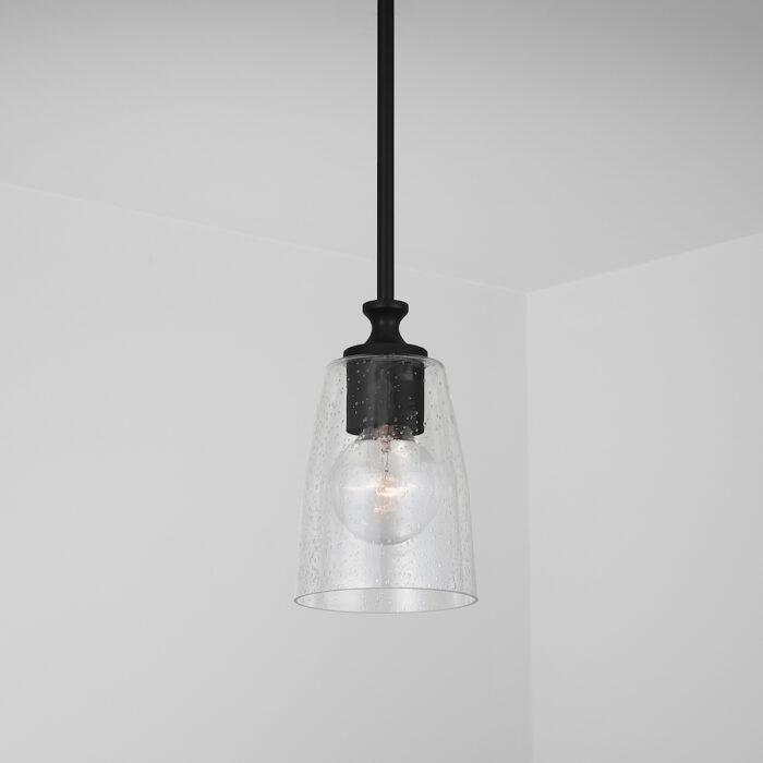 nile-mini-pendant-matte-black_installed