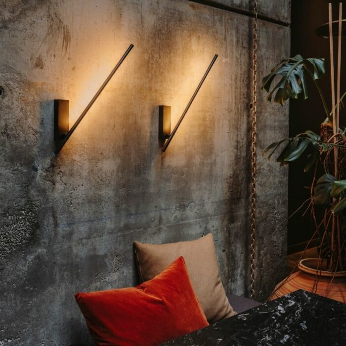 taka-led-wall-light-dining2