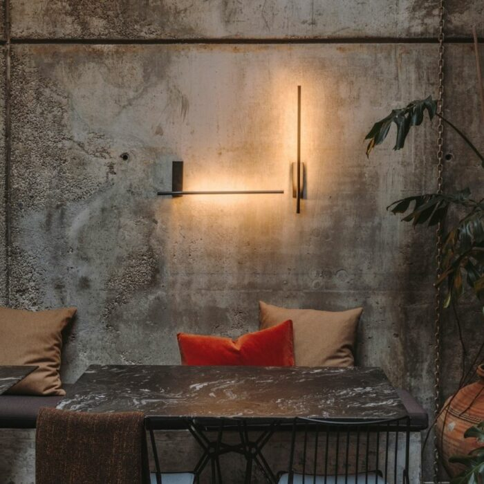 taka-led-wall-light-dining3